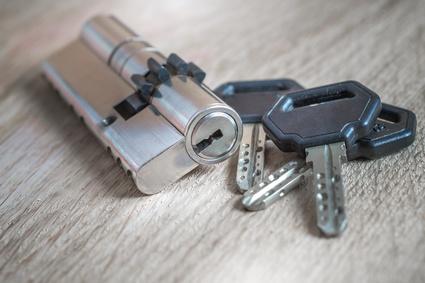Comment ouvrir une serrure sans la clef ?