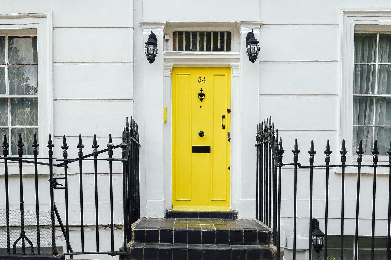 Comment démonter une serrure de porte ?